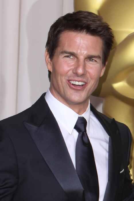 Tom Cruise jawline